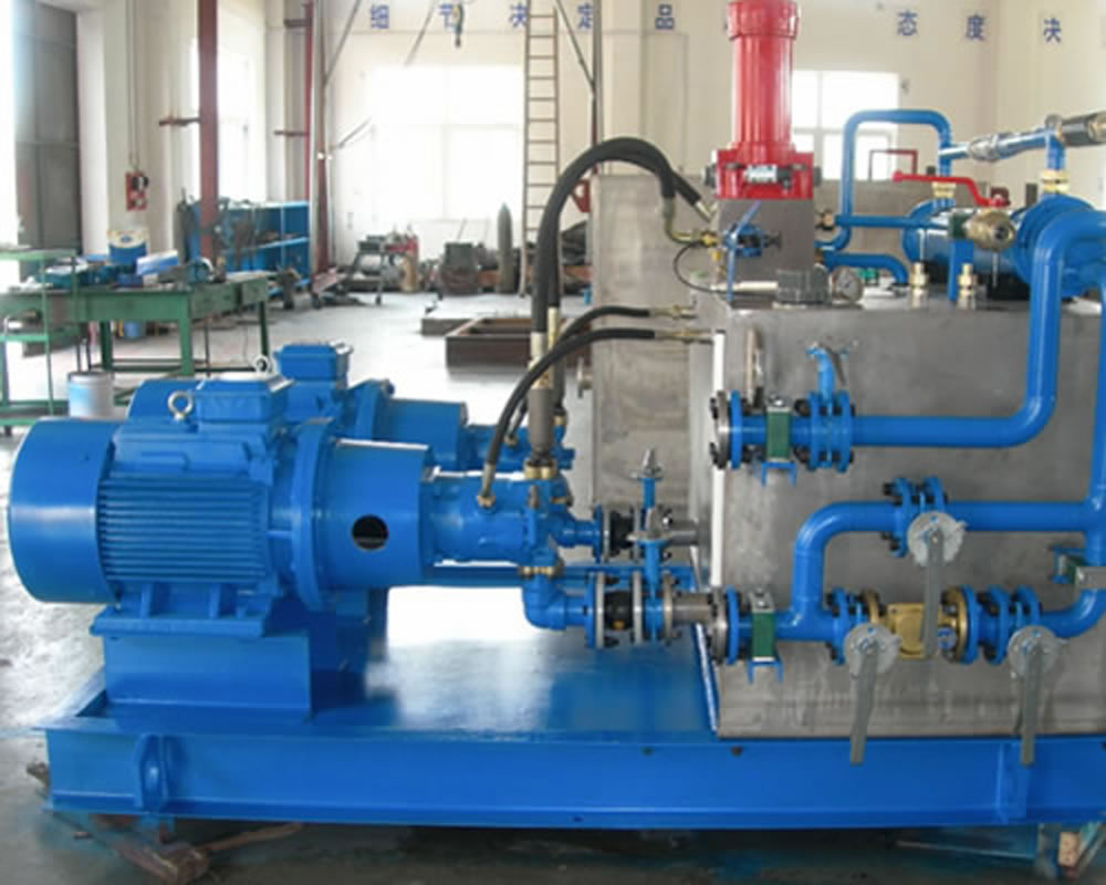 Hydraulic system of disc pouring machine